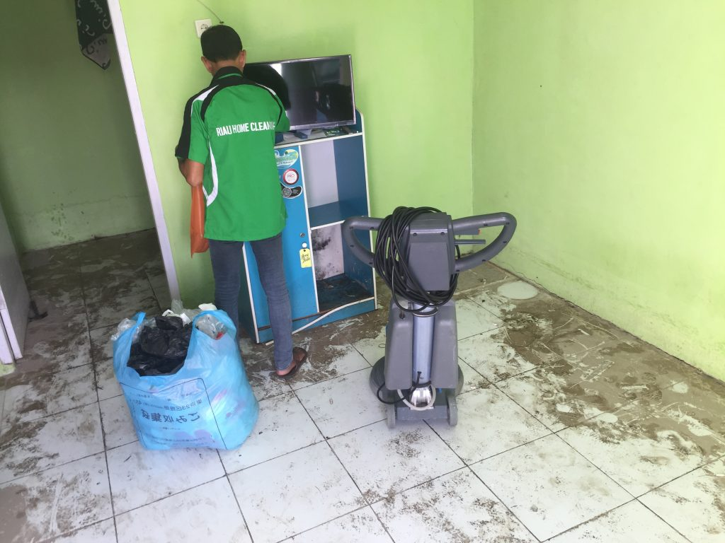 Tips Cleaning Service Batam Membersihkan Rumah Pasca Banjir