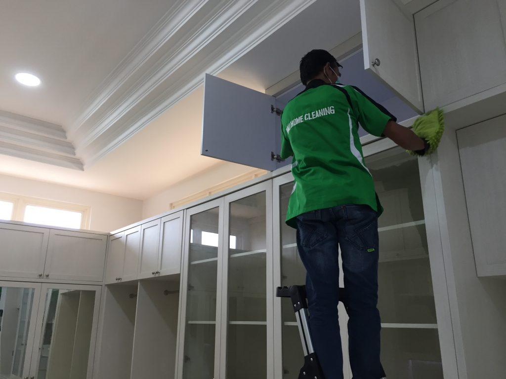 Tips Bersihkan Furniture Kayu di Rumah Dari Cleaning Service Batam